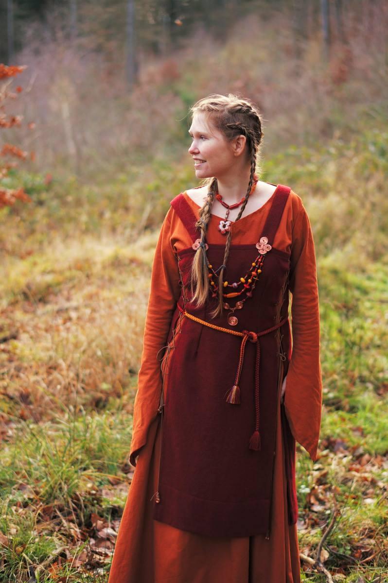 Viking Dress 04 - Foto by Ania Stozek
